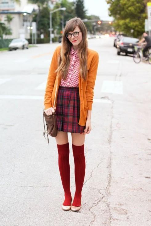 Phong cách thời trang Geek Chic với chân váy mini