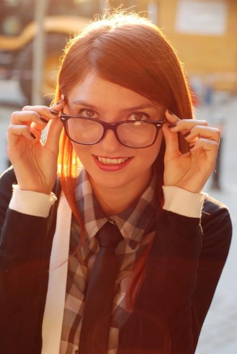 Phong cách thời trang Geek Chic với áo sơ mi
