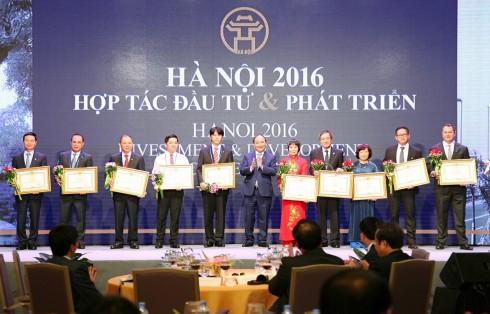 khách sạn metropole hà nội đón nhận bằng khen củ thủ tướng chính phủ-1