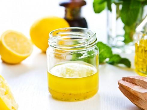 Công dụng và cách dưỡng tóc bằng dầu oliu 1