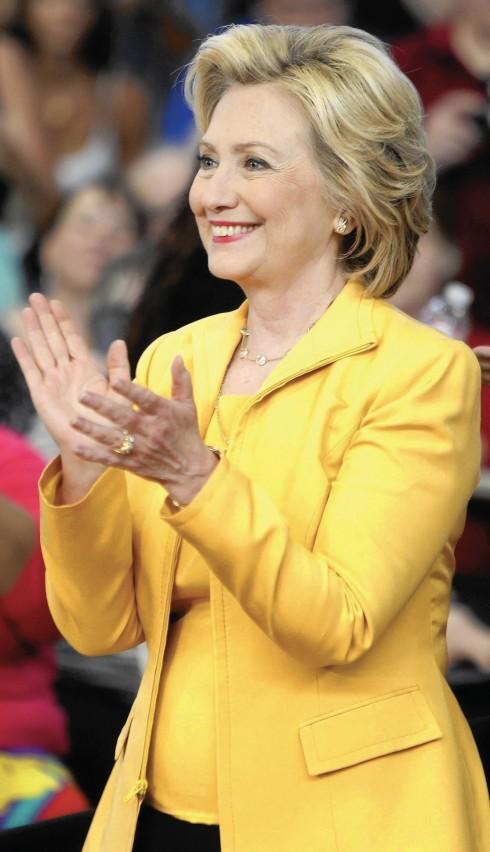 Hillary Clinton trong nỗ lực bình quyền nam nữ
