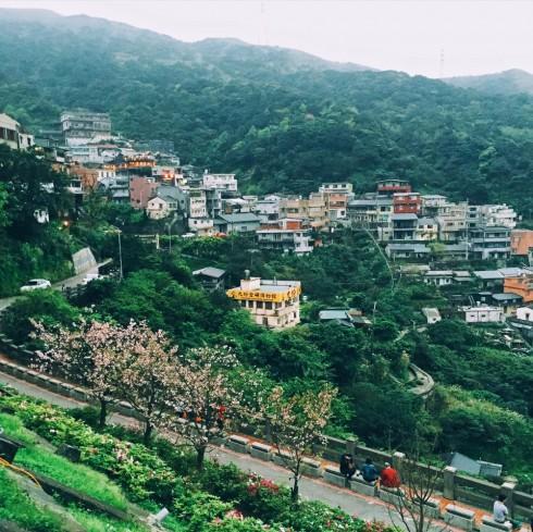 Vì nằm trên sườn núi nên làng Jiufen sở hữu vẻ đẹp hết sức lãng mạn.
