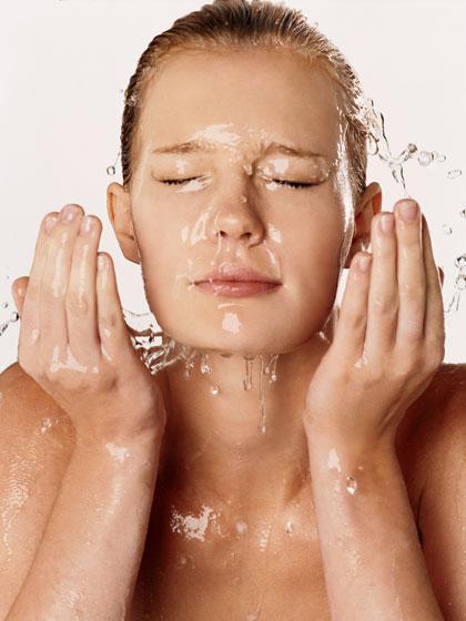 Tinh dầu dưỡng da trẻ hoá làn da