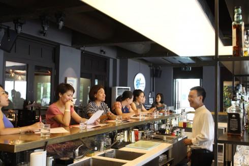 La Plume Bar & Lounge tổ chức chương trình Cocktail Master Class vào các chiều thứ bảy hàng tuần từ 14h00 đến 16h00