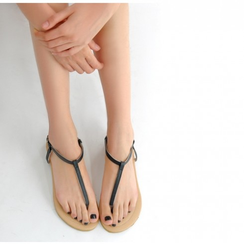 6 kiểu giày sandal nữ đẹp dành cho mùa Hè 10