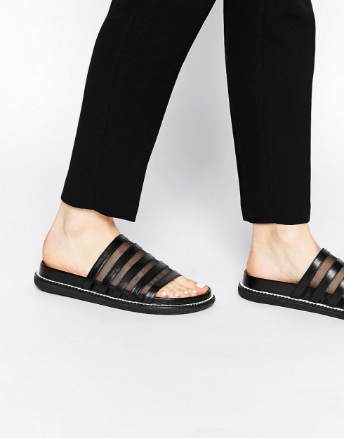 6 kiểu giày sandal nữ đẹp dành cho mùa Hè 6