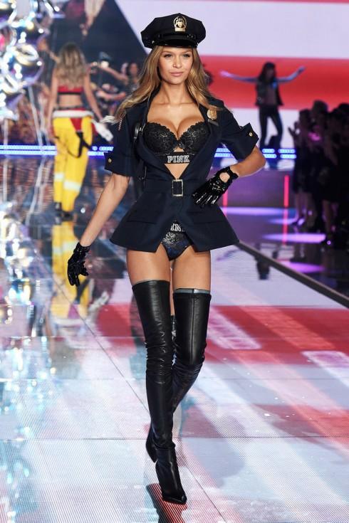 Người mẫu Victoria's Secret Josephine Skriver