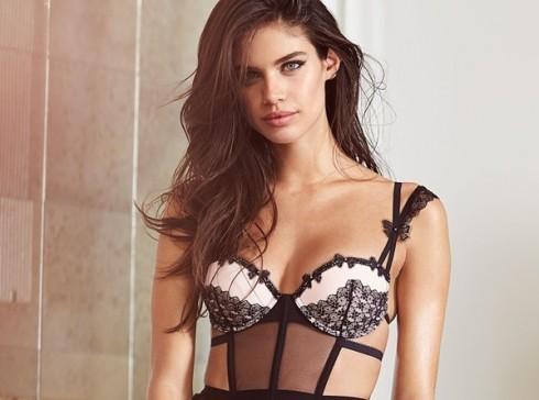 Người mẫu Victoria's Secret Sara Sampaio