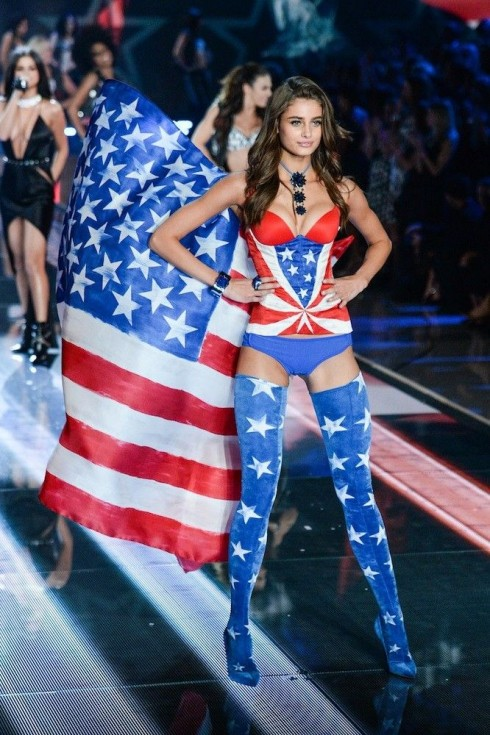 Người mẫu Victoria's Secret Taylor Hill