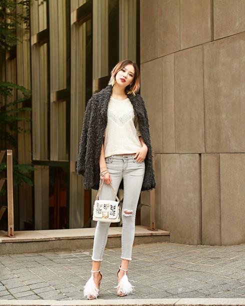 Chiếc túi yêu thích của Karlie Kloss - Nữ diễn viên châu Á Irene Kim