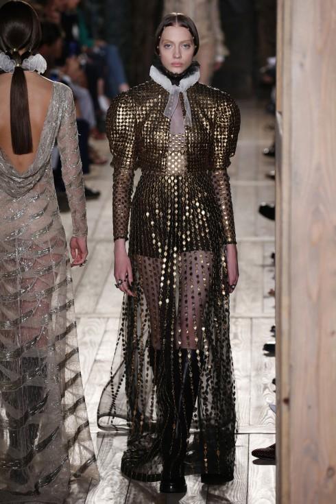 Tuần lễ thời trang Paris Haute Couture FW16 Valentino-12