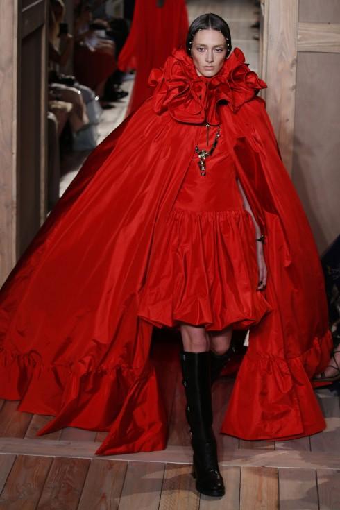 Tuần lễ thời trang Paris Haute Couture FW16 Valentino-15