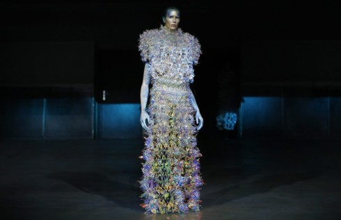 Tuần lễ thời trang Paris Haute Couture FW16 Yuima Nakazato