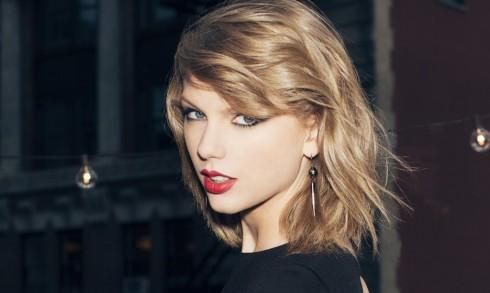 Ca sĩ Taylor Swift-Sự nghiệp và tình cảm thăng hoa-1