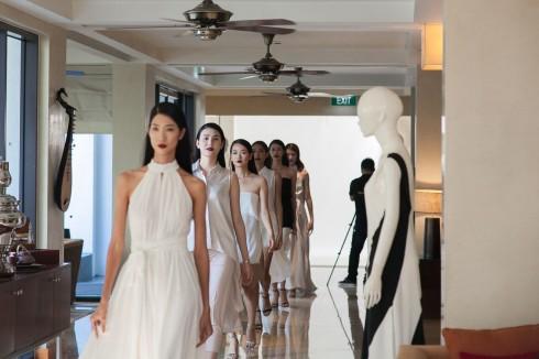 Tiệc thời trang và trà chiều là chương trình thường xuyên được tổ chức tại khách sạn Intercontine