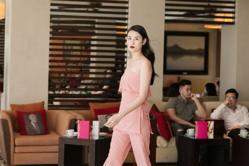"""chương trình """"Thời Trang & Trà Chiều"""" số tháng 7 với sự tham gia của hai nhà thiết kế trẻ đến từ thương hiệu LINH DOAN & TU TA."""