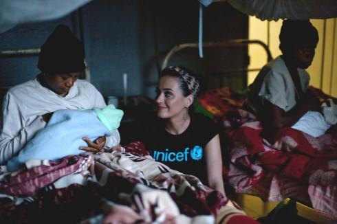 Katy Perry - nhà hoạt động xã hội tích cực