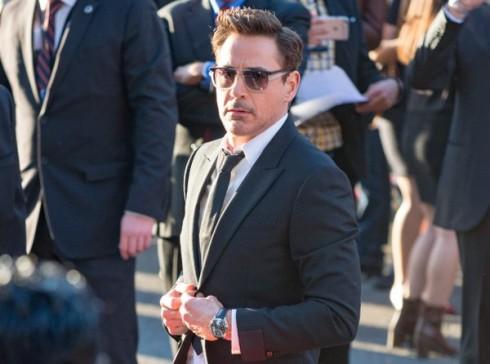 Nam tài tử Robert Downey Jr. cũng là một trong những ngôi sao yêu thích thương hiệu Cartier.