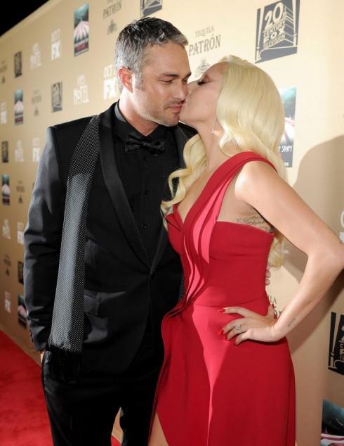 Lady Gaga bat ngo chia tay voi ban trai sau 5 nam ben nhau 4