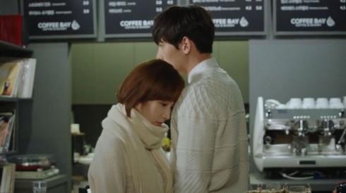 Cách phối đồ đôi đẹp học từ Park Min Young và Ji Chang Wook