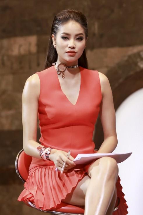 Phạm Hương - The Face