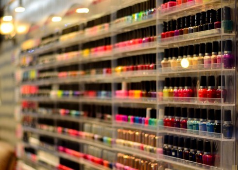 Chon lựa những sản phẩm sơn móng có uy tín để bảo vệ móng tay đẹp của bạn
