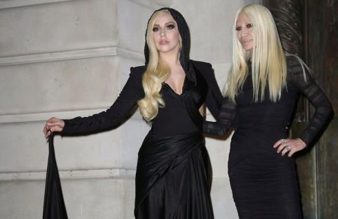 Donatella Versace - người thừa kế sáng giá ở vương quốc thời trang