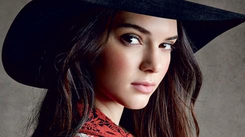 Kendall Jenner – vững lòng giữa tâm bão