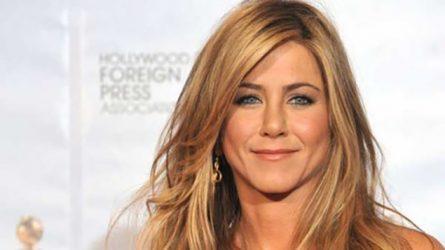 Trò chuyện về bí quyết làm đẹp tối giản với Jennifer Aniston