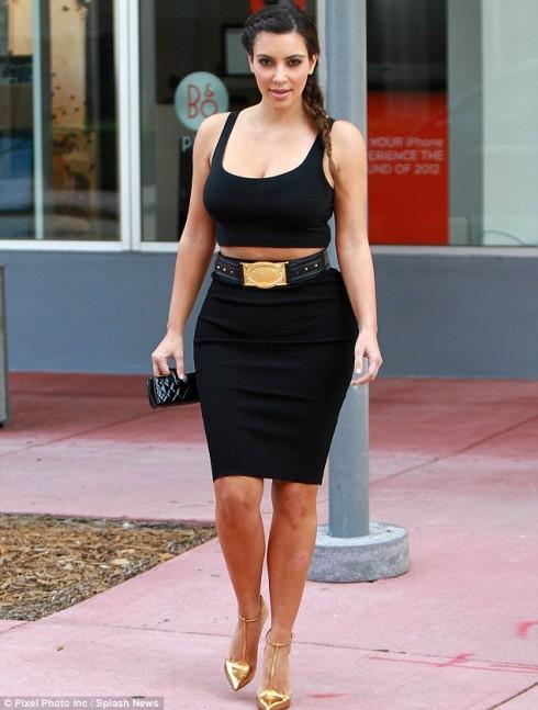 kim kardashian - elle 6