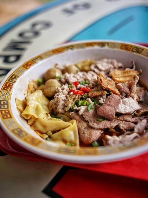 món ăn tại quán Hill Street Tai Hwa Pork Noodle