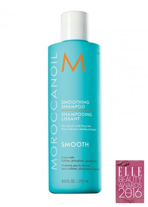 <strong>3. MOROCCANOIL SMOOTHING SHAMPOO</strong><br/>Dầu Gội Suôn Mượt ngay lập tức cung cấp độ bóng mượt và dễ chải trong khi nhẹ nhàng làm sạch và gỡ rối những mái tóc xù rối. Khi được sử dụng theo cặp, thành phần công thức AminoRenewTM độc quyền phục hồi các amino axít để làm chắc khỏe cấu trúc keratin tự nhiên. Được chiết xuất từ dầu argan và bơ argan để giúp mái tóc bóng, mượt và dễ chải với hiệu quả lên tới 72 giờ.