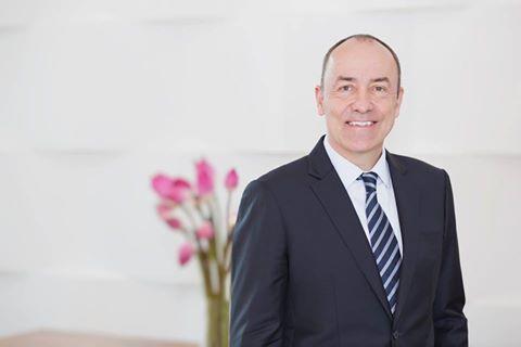 Ông Guy Poujoulat là Tổng Quản Lý mới.