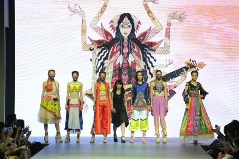 BST lấy cảm hứng từ văn hóa Ấn Độ.