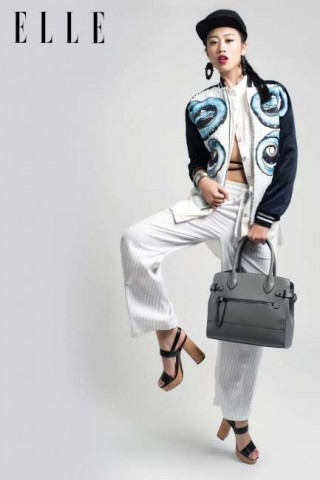 1 món đồ 2 phong cách: Áo khoác nữ bomber phá cách