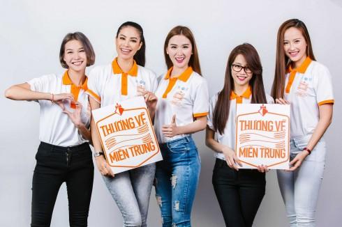 Team Phạm Hương tham gia chuong trình kêu gọi Thương về miền Trung