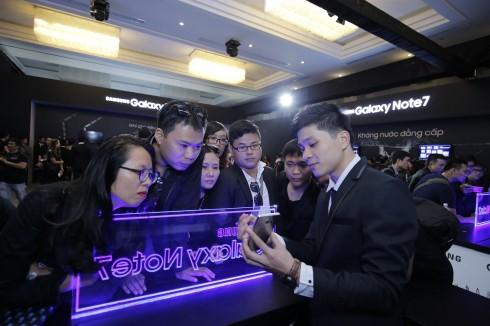 Samsung Việt Nam thành công lớn trong ngày đầu ra mắt Galaxy Note7