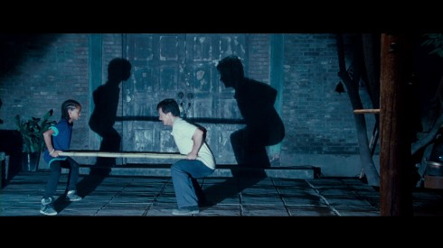 Karate Kid- Câu chuyện Karate Kid cũng tôn vinh tinh thần thượng võ, kỷ luật và sự khổ luyện kiên tâm, không dễ bị khuất phục để bứt phá.