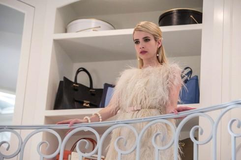 Emma Roberts - Hành trình vượt qua cái bóng của gia đình 7