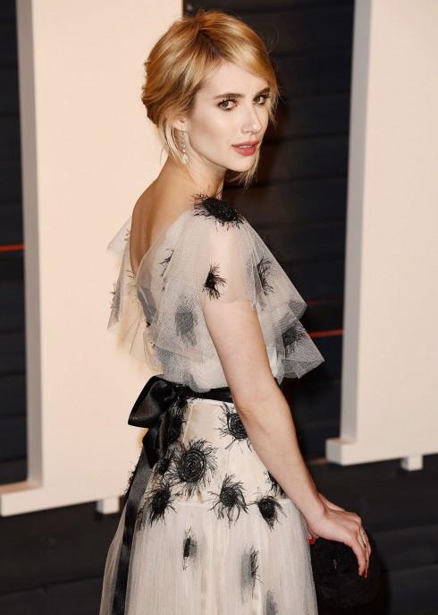 Emma Roberts không muốn được nhớ tới là cháu gái Julia Roberts 2