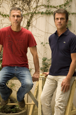 hai anh em NTK lừng danh thế giới Humberto & Fernando Campana đến từ Brazil.