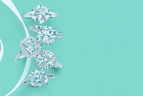Rất đa dạng về sản phẩm nhưng nhẫn kim cương mới là thương hiệu của Tiffany & Co.