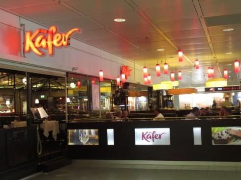 Quán cafe đẹp ở Châu Âu - muôn màu muôn vẻ - Quán cà phê trong sân bay Berlin, Đức
