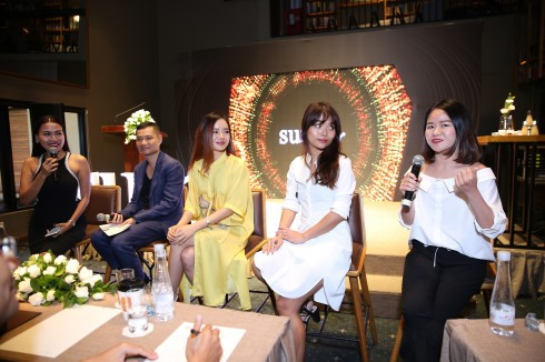 Các beauty blogger chia sẻ cảm nghĩ về sản phẩm