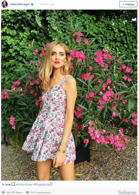 7 mẫu trang phục đẹp tung hoành cộng đồng Instagram - elle vn 13