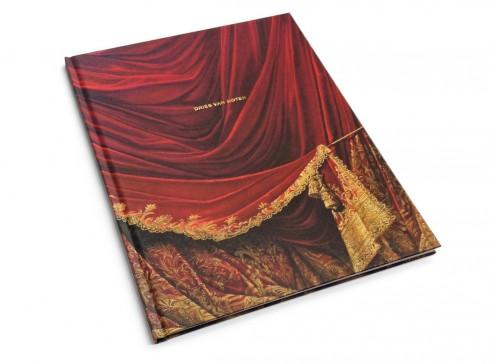 Bìa sách ghi lại dấu ấn của ông tại Palais Garnier