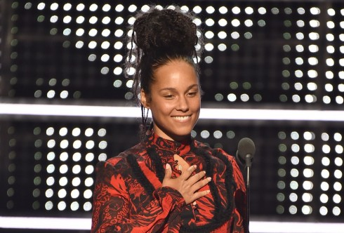 alicia-keys-mtv-vmas-2016-song