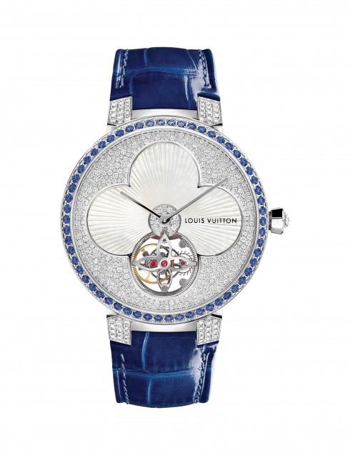 Mẫu đồng hồ cao cấp Tambour Monogram Sun Tourbillon lấy cảm hứng từ họa tiết Monogram nổi tiếng của nhà mốt Louis Vuitton.