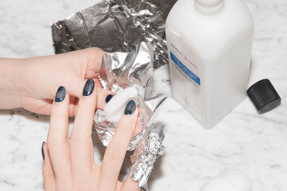7 Sai lầm của sơn gel khiến móng tay bạn trở nên xấu xí ELLE VN