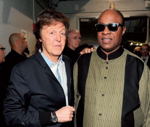 Ngài Paul McCartney và danh ca Stevie Wonder